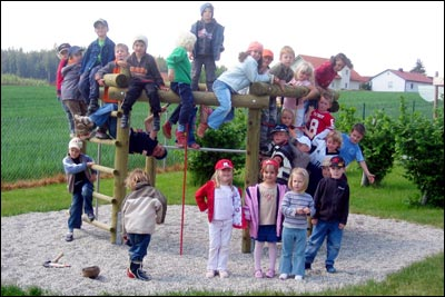 Klettergerüst Kindergarten : Kindergarten wird don bosco feiert halbes jahrhundert