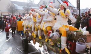 Faschingsumzug 2015 Hühner