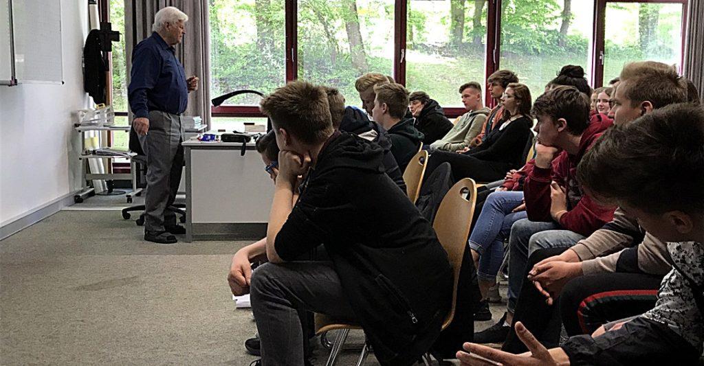 Prof. Peter Kapustin Vortrag Realschule