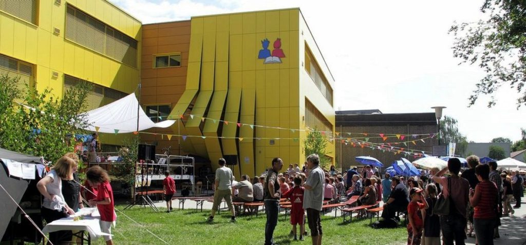 04Grundschule Schulfest 06-2012