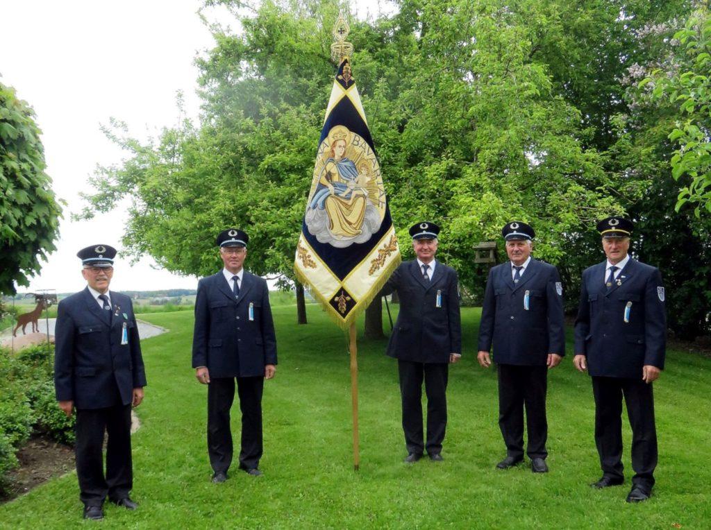 06 Veteranen Moosen Fahne